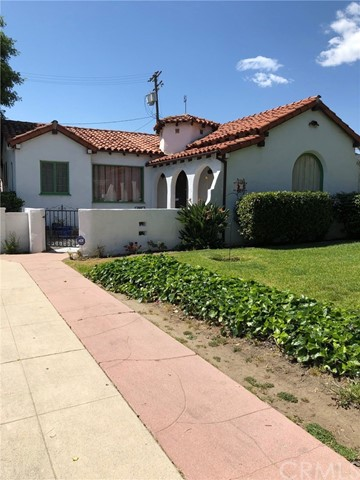 2301 Scott Road, Burbank, CA 91504