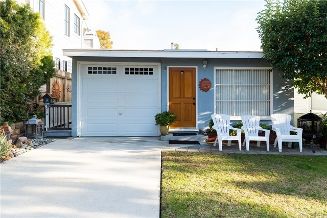 714 Iris Avenue, Corona del Mar, CA 92625