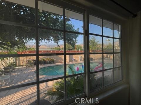 5618 Golondrina Drive, San Bernardino CA: https://media.crmls.org/medias/c9505f35-0e55-482c-ac0a-7739d39be33e.jpg