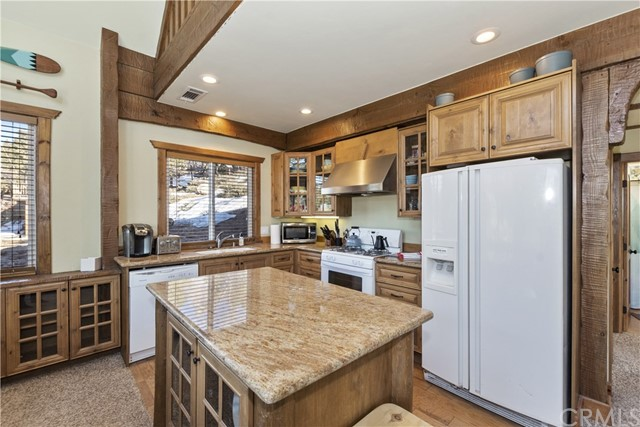33197 Angeles Dr, Green Valley Lake, CA 92341 Photo 7