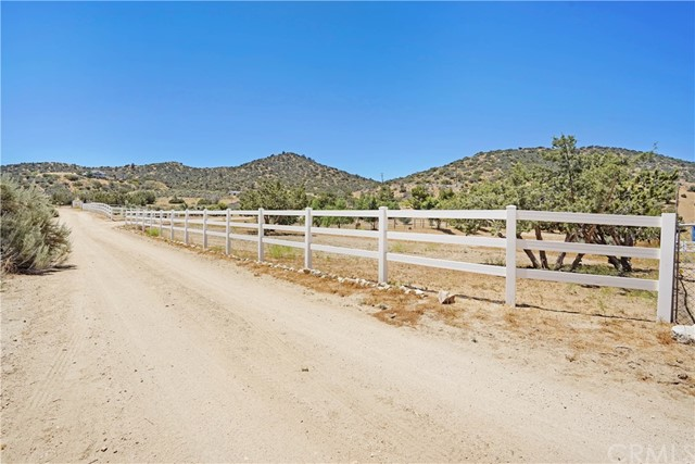 32912 Oracle Hill Rd, Acton, CA 93550 Photo 44
