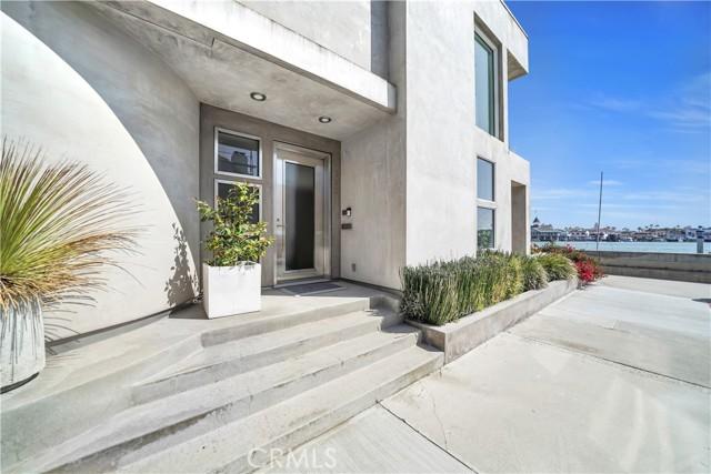 512 S Bay Front, Newport Beach, CA 92662