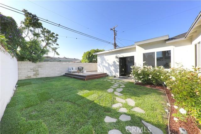 23. 1865 Ashbrook Avenue Long Beach, CA 90815