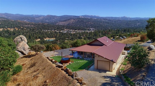 47907 Golden Rock Drive, Oakhurst, CA 93644