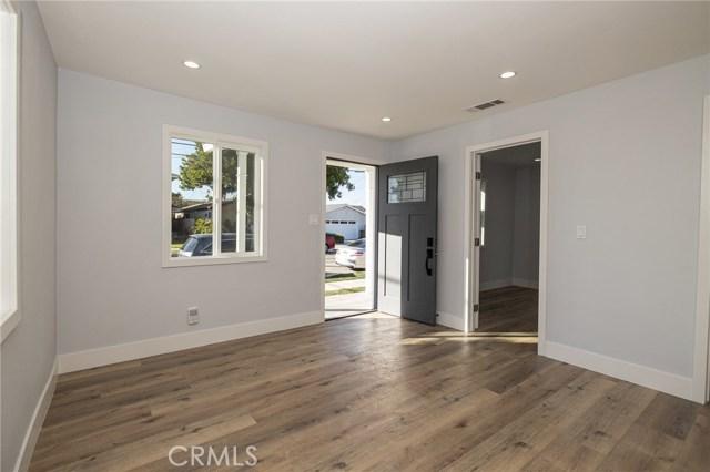 Image 5 of 13726 Washington Ave, Hawthorne, CA 90250