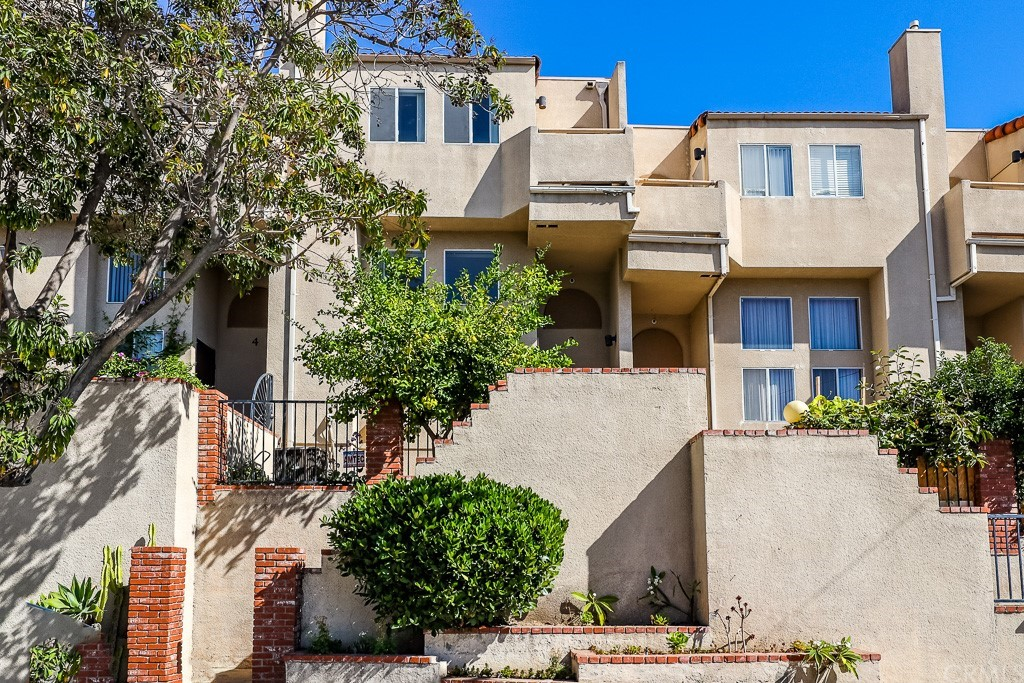 943     Figueroa Terrace, Los Angeles CA 90012