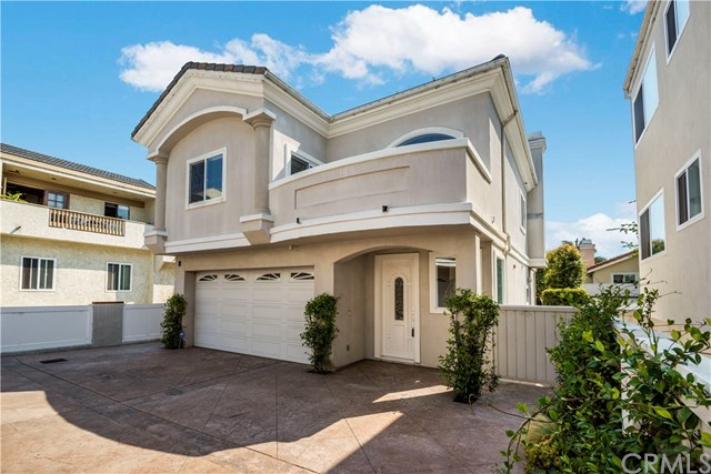 Freestanding home with front balcony off master bedroom and living area.