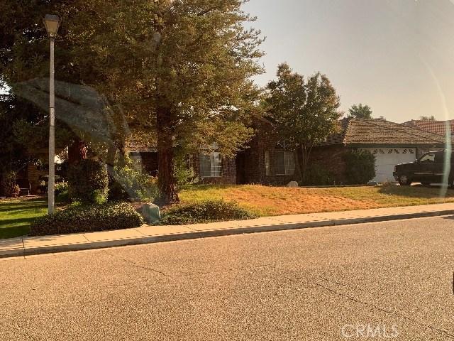 1213 Stub Oak Avenue, Bakersfield, CA 93307