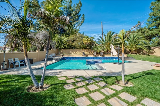 17421 Klee St, Sherwood Forest, CA 91325 Photo 58