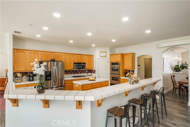 9875 Alta Mesa Rd, Oak Hills, CA 92344 Photo 14