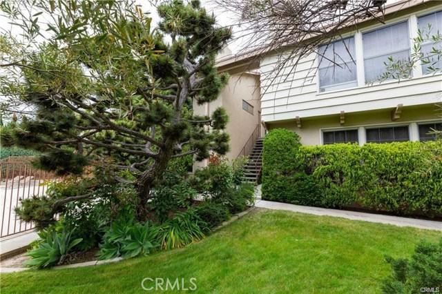 1534 Grand Avenue, Long Beach, CA 90804