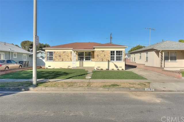 2705 Van Buren Street, Carson, California 90810, 3 Bedrooms Bedrooms, ,2 BathroomsBathrooms,Single family residence,For Sale,Van Buren,DW19020720