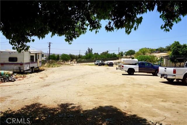 53. 22540 Marquez Road Perris, CA 92570
