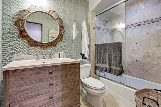 1406 Laurel Avenue, Manhattan Beach, California 90266, 5 Bedrooms Bedrooms, ,5 BathroomsBathrooms,For Sale,Laurel,SB20161395