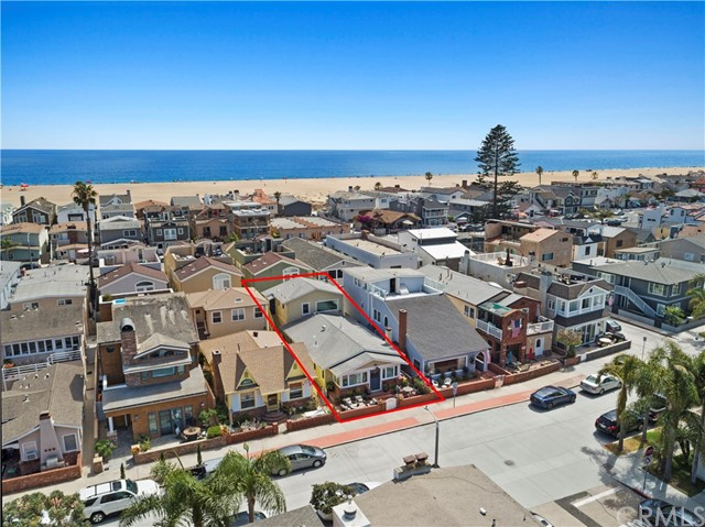 207 E Bay Avenue, Newport Beach, CA 92661