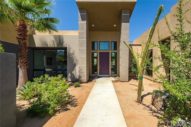 3189 Cody Court, Palm Springs, CA 92264