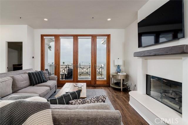 710 Manhattan Beach Boulevard 2, Manhattan Beach, California 90266, 3 Bedrooms Bedrooms, ,3 BathroomsBathrooms,For Rent,Manhattan Beach,SB18289311