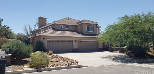 12759 Yorkshire Drive, Apple Valley, CA 92308