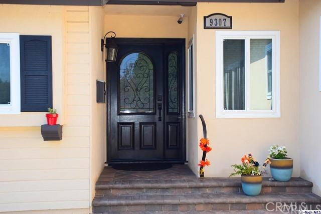 9307 Rubio Avenue Av, North Hills, CA 91343 Photo