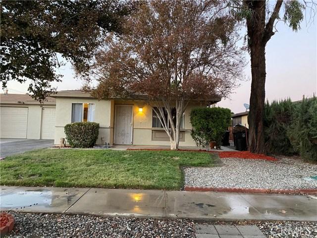 2458 W Oakland Ave, Hemet, CA 92545