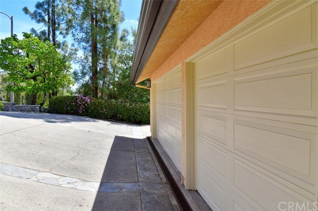 3680 Ranch Top Rd, Pasadena, CA 91107 Photo 38