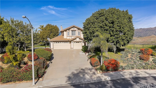 6607 New Ridge Drive, Riverside, CA 92506