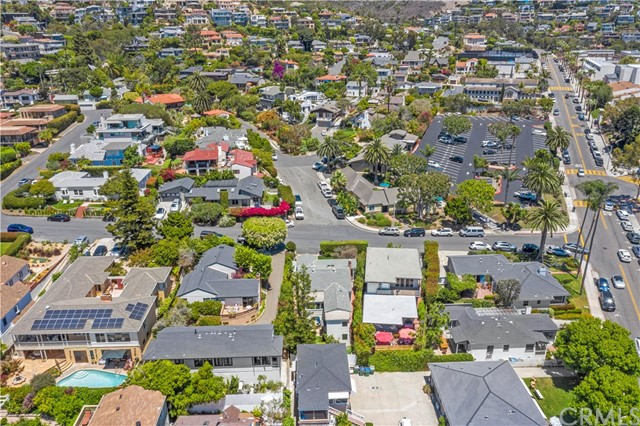 51. 575 Blumont Street Laguna Beach, CA 92651