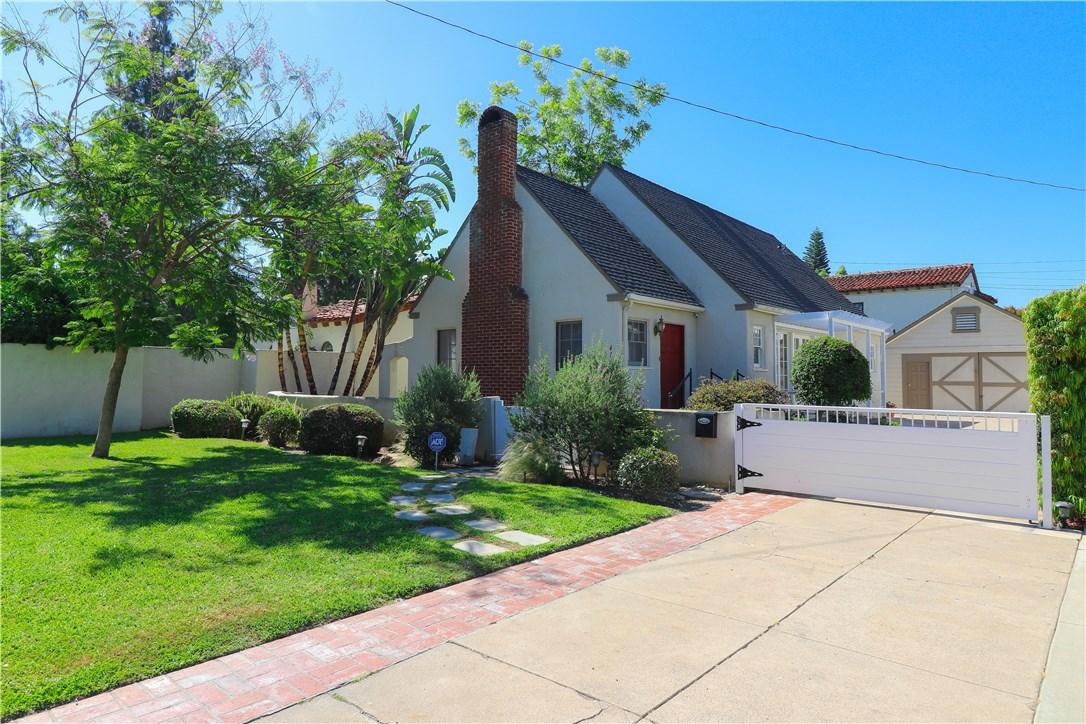 412 W Santa Clara Avenue, Santa Ana, CA 92706