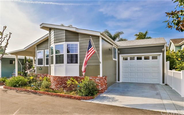 16441 Napili Lane 5, Huntington Beach, CA 92649