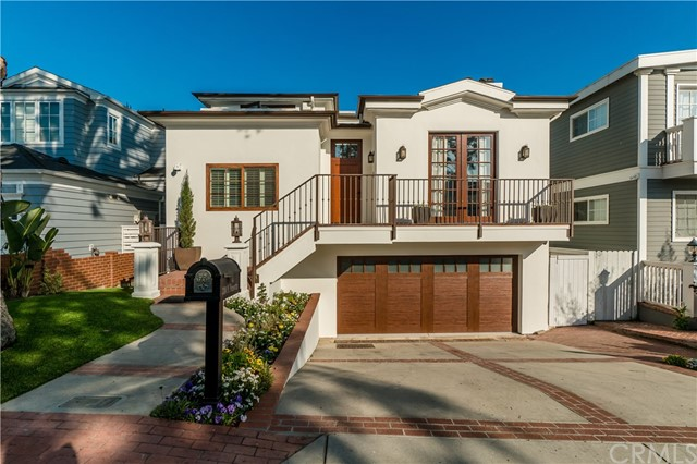 3304 N Poinsettia Avenue, Manhattan Beach, CA 90266