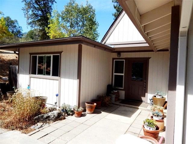 42555 Nelder Heights Drive, Oakhurst, CA 93644
