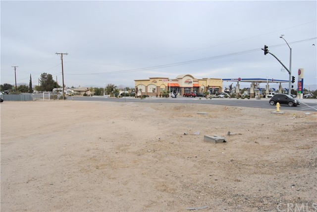14888 Main Street, Hesperia, CA 92345