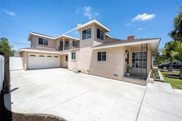 4. 1005 S Woods Avenue Fullerton, CA 92832
