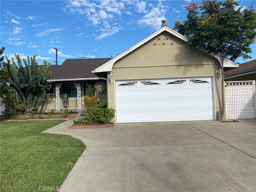 1601   S Woodland Place, Santa Ana CA 92707