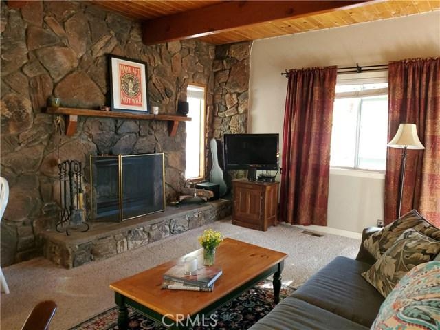 33022 Upper Boulder Rd, Arrowbear, CA 92382 Photo 3