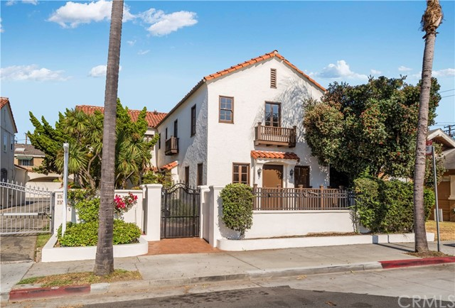 254 Redondo Avenue, Long Beach, CA 90803