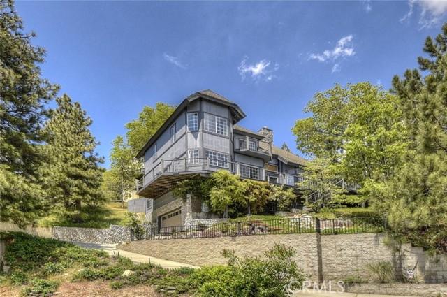 27668 St Bernard Lane, Lake Arrowhead, California 92352, 4 Bedrooms Bedrooms, ,2 BathroomsBathrooms,Residential,For Sale,St Bernard,IV21170214