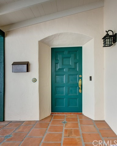 2054 Galbreth Rd, Pasadena, CA 91104 Photo 2