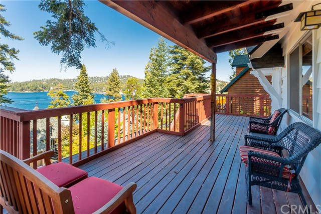 28923 Palisades Drive, Lake Arrowhead, CA 92352