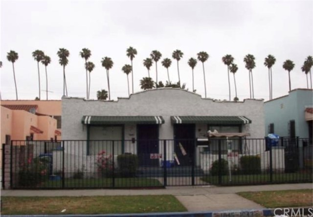 1043 W 57th Street, Los Angeles, CA 90037