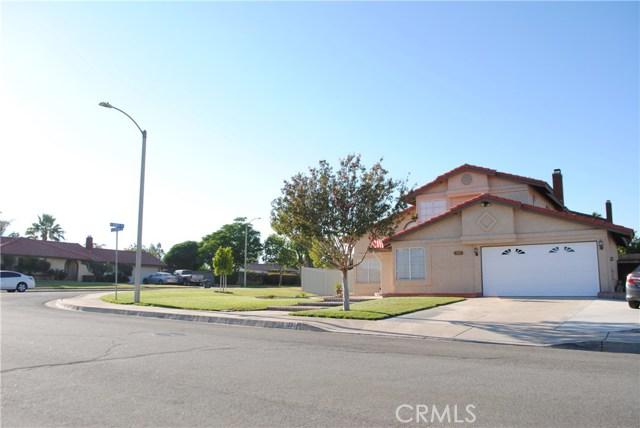 1272 W La Gloria Drive, Rialto, CA 92377
