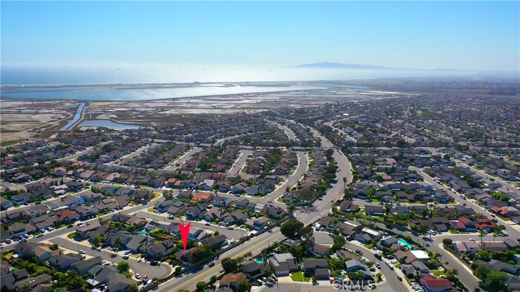 18121     Riverside Circle, Huntington Beach CA 92648