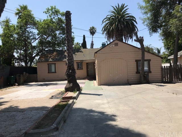 Photo of 4006 W Hazard Avenue, Santa Ana, CA 92703