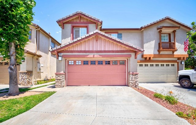 Charming Brea Home in the desirable Olinda Ranch Community. Upgrades including Corian Kitchen Counters and Island. Laminated flooring on downstair and newly painted. Fireplace in Living Room. Extra large size loft can be used as Game Room or Office. Walking distance to park and close to shopping and Freeway