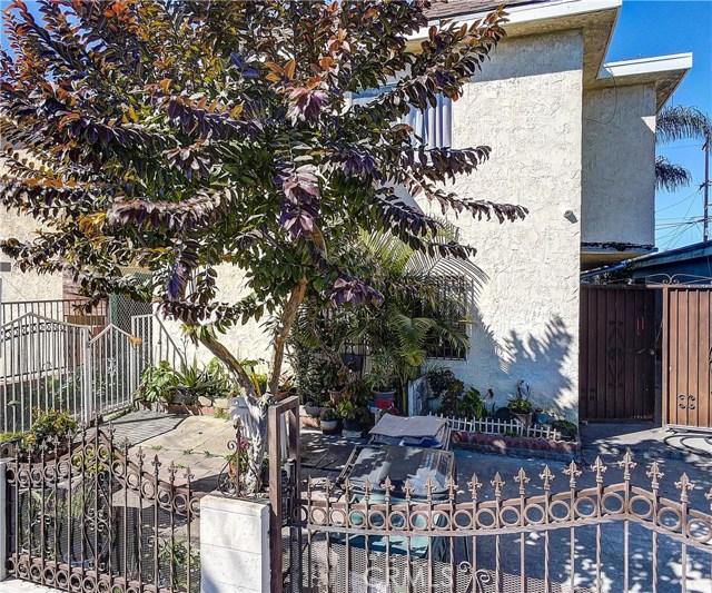 9511 Juniper Street, Los Angeles, CA 90002