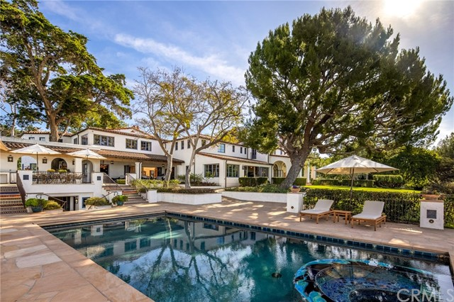 14. 909 Via Coronel Palos Verdes Estates, CA 90274