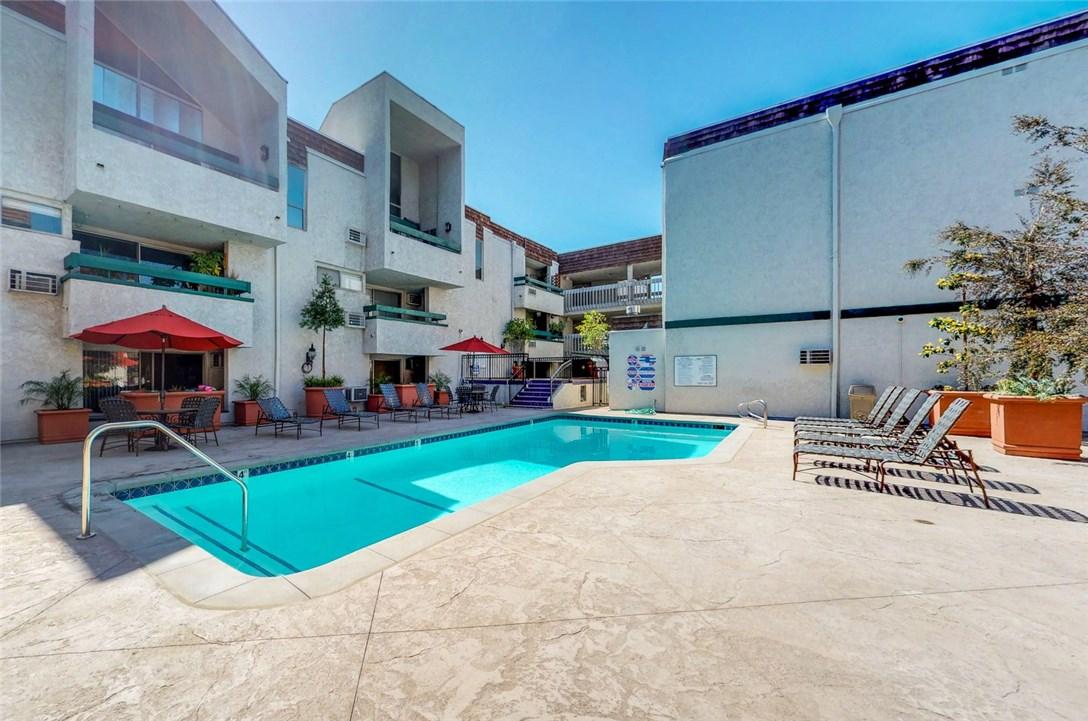 360 S Euclid Av, Pasadena, CA 91101 Photo 18