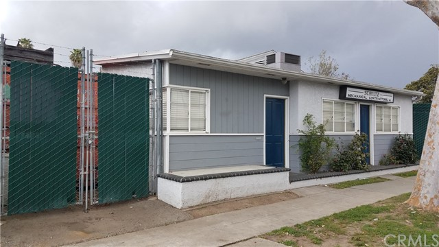 3323 Lime Avenue, Signal Hill, CA 90755