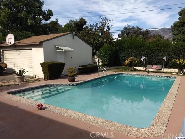 2813 Hermanos Street, Pasadena, CA 91107