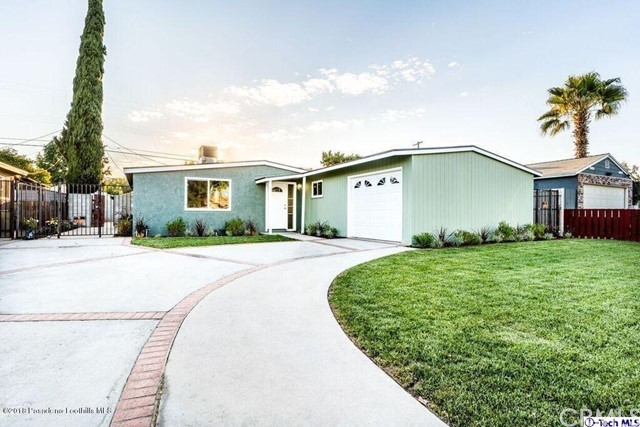 8019 Mammoth Avenue, Panorama City, CA 91402